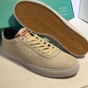 NEW Nike SB Zoom Bruin Skate Shoes Cream